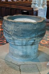 Ludlow, St Laurence Church, The 12th century font
