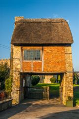 Long Compton, St Peter and St Paul, Another look at the thatched lych gate