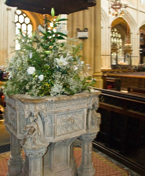Bath Abbey photo, The font