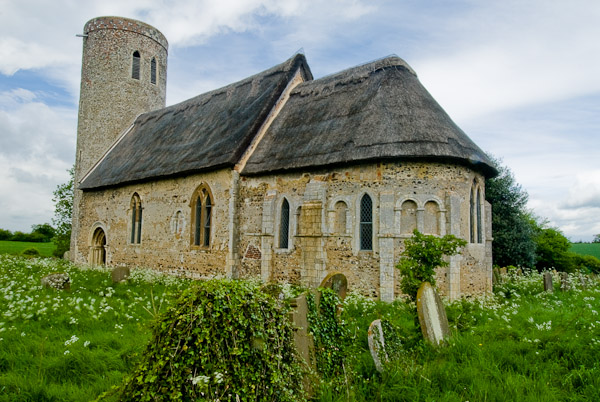 Hales, Norfolk, rounded apse