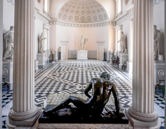 The Dying Gaul and the Great Hall
