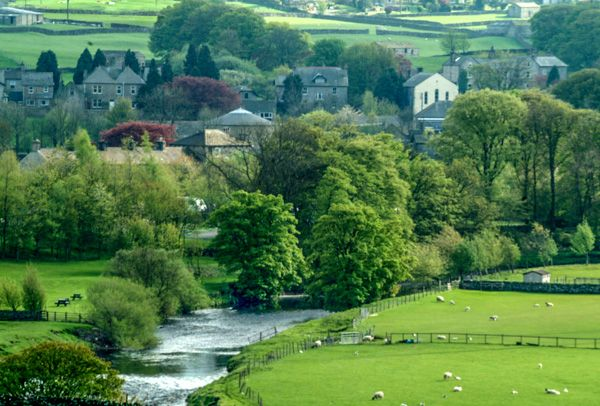 Hawes photo, Hawes and the River Ure