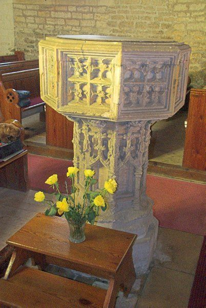 Longborough, St James photo, The finely carved 15th century font