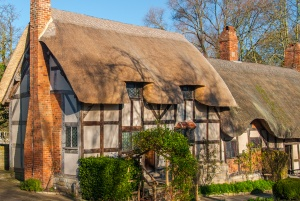 anne hathaway s cottage stratford upon avon historic stratford guide rh britainexpress com Shakespeare Theatre Stratford On Avon London to Stratford On Avon