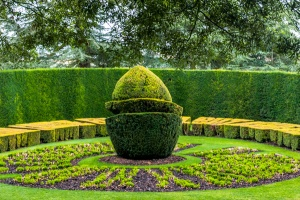 The topiary sundial