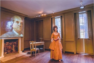 'Polly Hewson' guides visitors to Benjamin Franklin's House