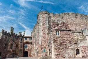 The inner courtyard of Berkeley Castle