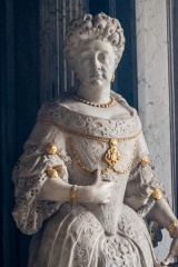 Lady Martha Clayton statue