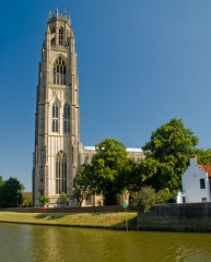 Boston Stump towers over the River Witham