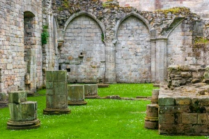 Culross Abbey ruins