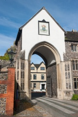 Erpingham Gate, cathedral close facade
