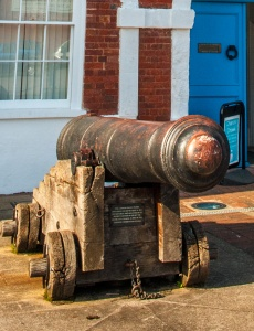One of the 'Waterloo' cannons