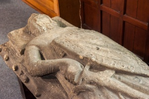 The de Barton effigy