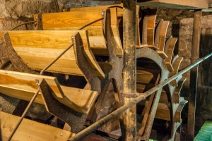 The wooden waterwheel