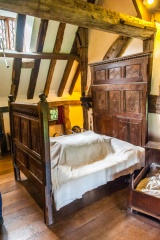 17th century bed on the first floor