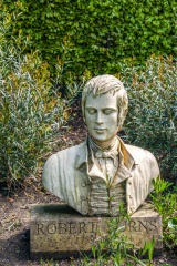 Bust of Robert Burns in the Cottage garden
