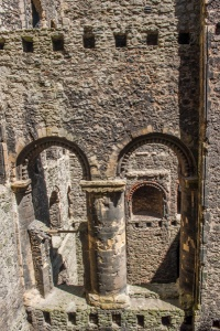 The castle interior and cross-wall