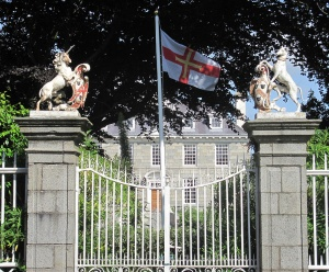 The heraldic gates to Sausmarez Manor