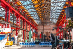 Inside the Linthouse building