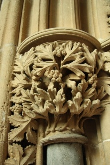 Foliate capital in the chapter house (c) Richard Croft