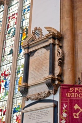 Sir Thomas Browne monument