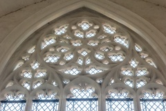 Curvilinear east window tracery