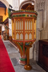 The ornate wineglass pulpit