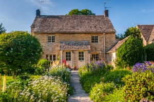 A typically pretty cottage in Upper Slaughter
