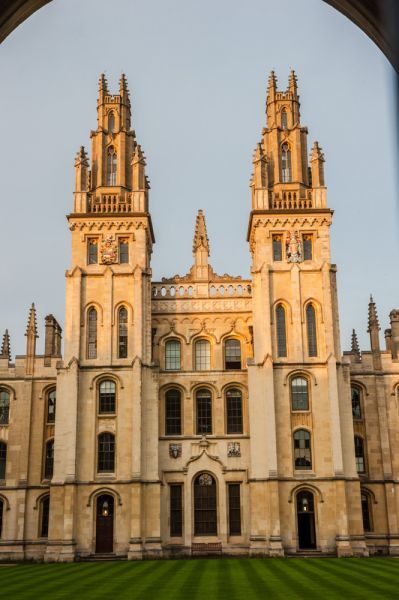 All Souls College photo, Evening light on the gatehouse towers