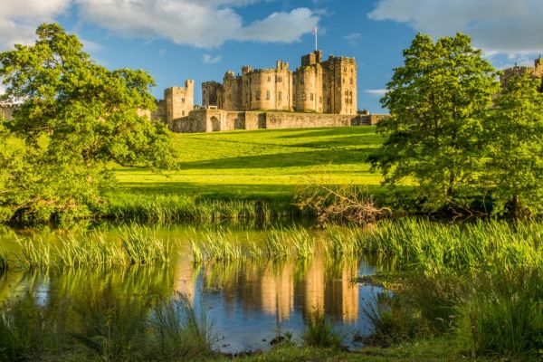 Alnwick Castle Northumberland History And Visitor Information