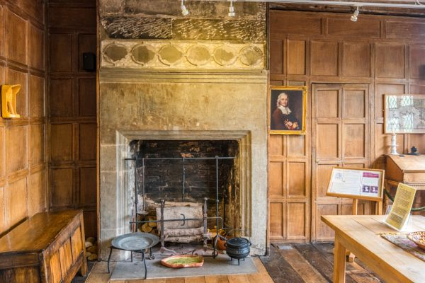 Ancient High House photo, The 17th century Civil War room
