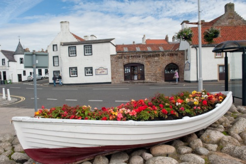 A colourful boat at Anstruther quay