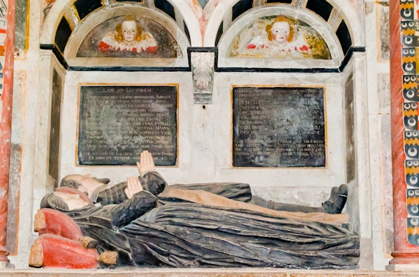 Tomb of William Cotton (d. 1616)