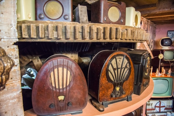 Vintage radios in the Bakelite Museum