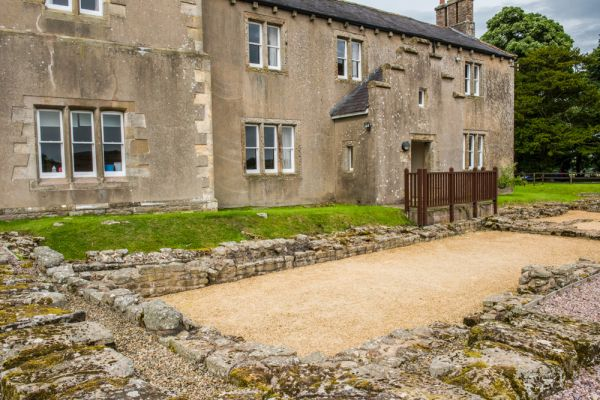 Birdoswald Fort and Hadrian's Wall photo, The Victorian farmhouse and Roman foundation walls