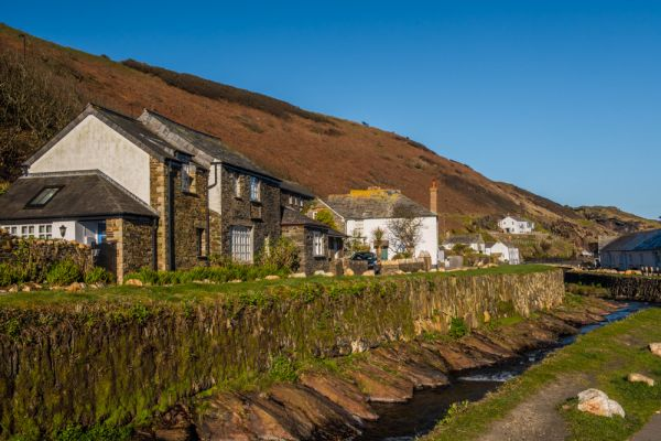 Boscastle photo, Cottages beside the River Valency