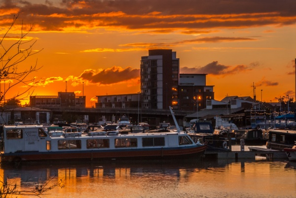 Brayford Pool at sunset