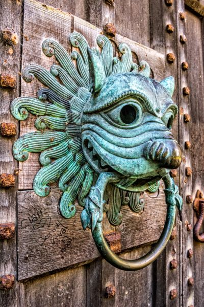 Brougham Hall photo, Another look at the knocker