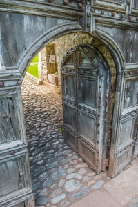 The 1520 door and gatehouse entrance