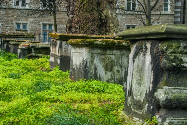 Table tombs in Bunhill Fields Burial Ground
