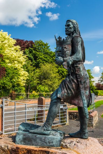 Burgh-by-Sands photo, Statue of Edward I