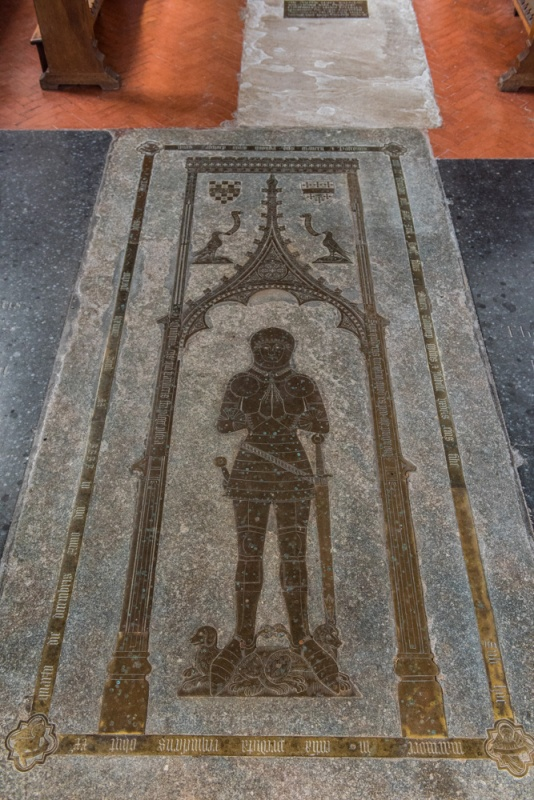 Sir William Calthorpe brass, 1420