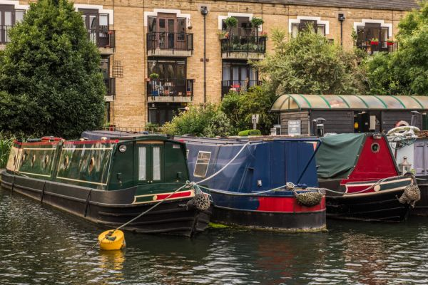 London Canal Museum photo, Narrowboats at harbour