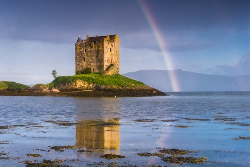 A rainbow over Castle Stalker