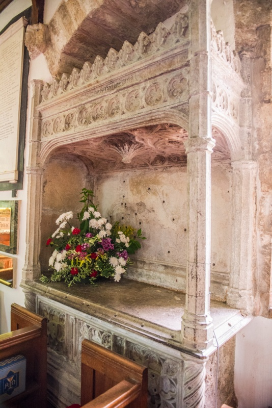 16th century tomb, south chapel