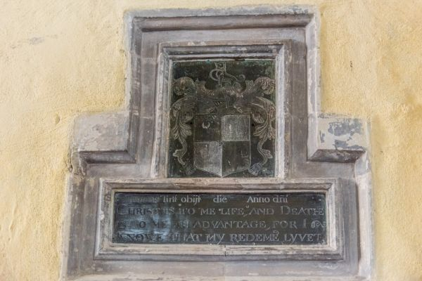 Chilbolton, St Mary-the-Less Church photo, 17th century Thomas Tutt brass
