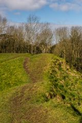 Cirencester Roman Amphitheatre, On top of the northern earthwork bank