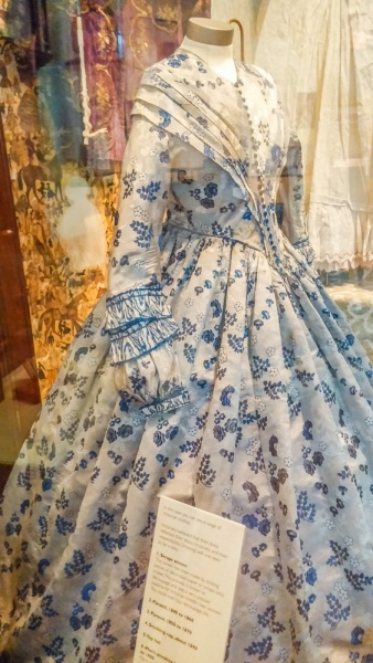1860s dress in the fashion exhibition