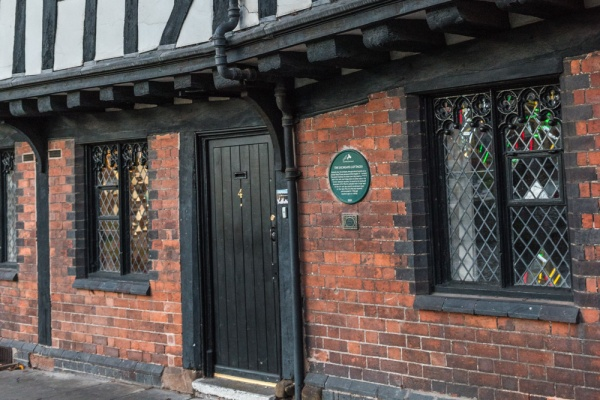 Entrance to Coventry Prayer House, Lychgate Cottages