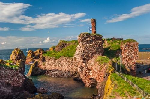 Dunbar Castle | History & Visiting Information